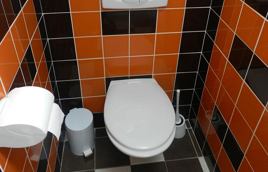 toilettes suite automne chambres d 39 h tes touraine. Black Bedroom Furniture Sets. Home Design Ideas